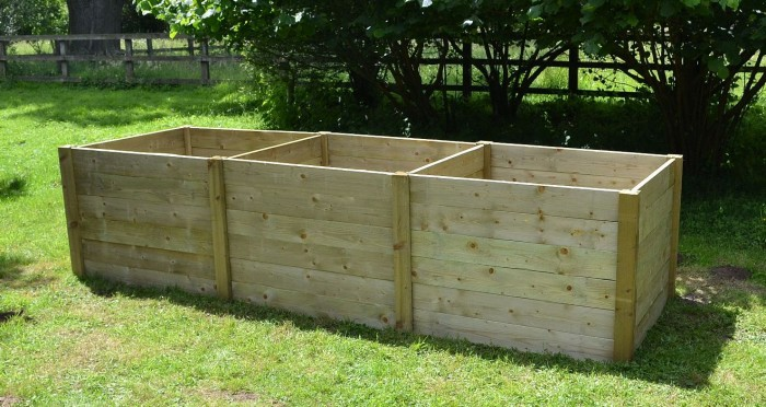Installation of a timber compost bin at Mountsfield Park community